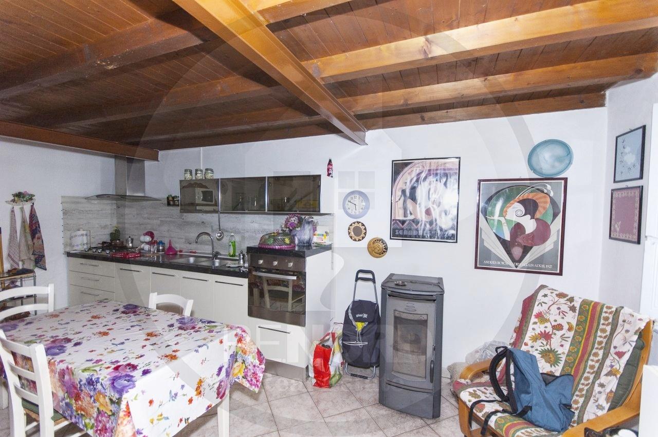 casa semi indipendente vendita magherno