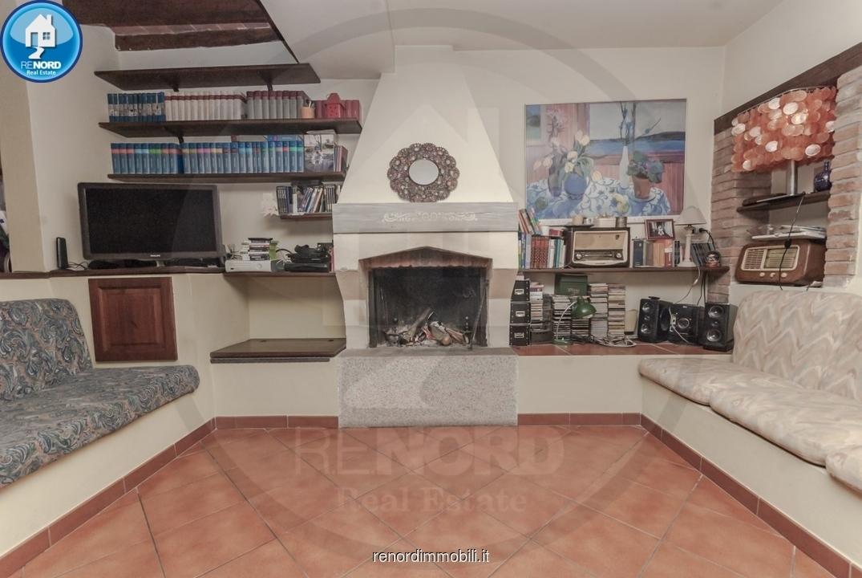 casa semi indipendente vendita travaco' siccomario